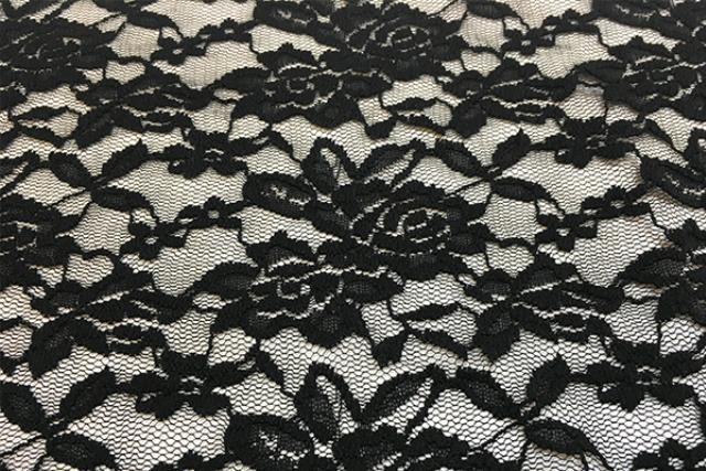 Black Lace Runner, 120