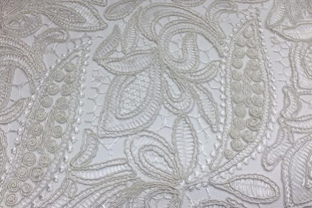 Ivory French Lace Runner 120